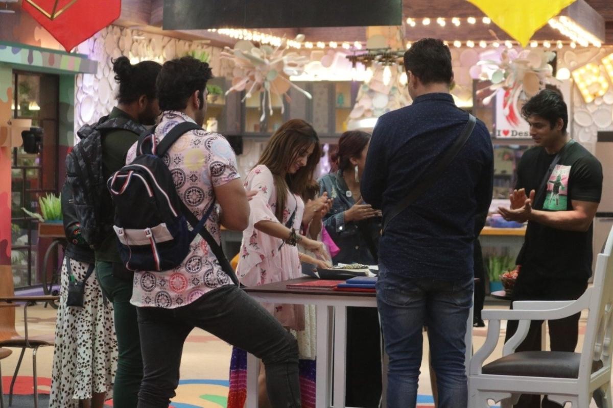 Bigg Boss 13: Housemates come together to celebrate Mahira Sharma's 23rd birthday