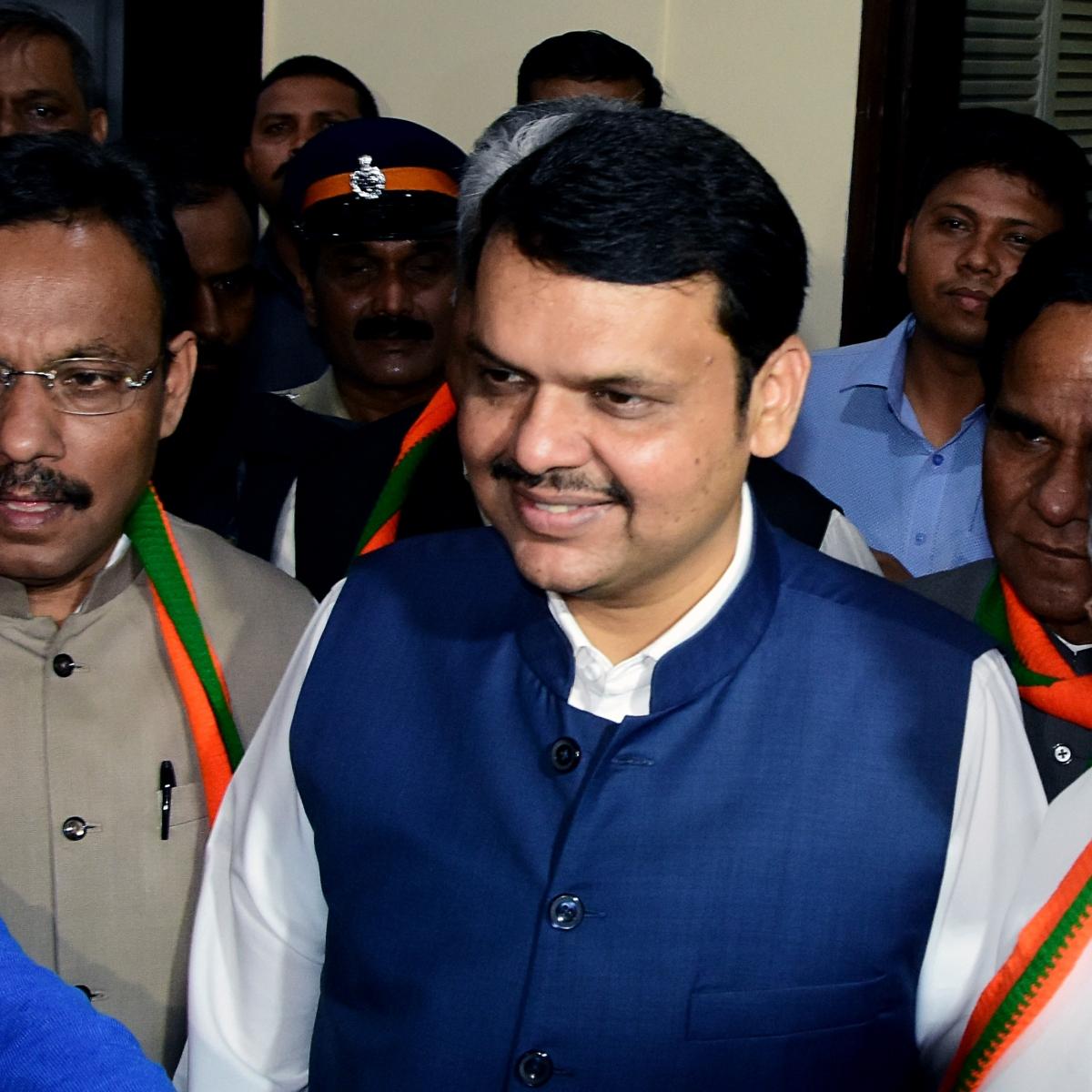 Maharashtra BJP moment of truth, Devendra Fadnavis faction hijacks party deliberations