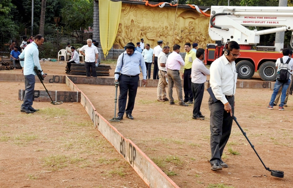 Maha govt formation: Fortifying for the finale but HC concerned