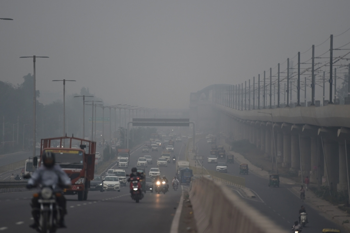 Delhi's air quality drops to 'emergency' category first time since January