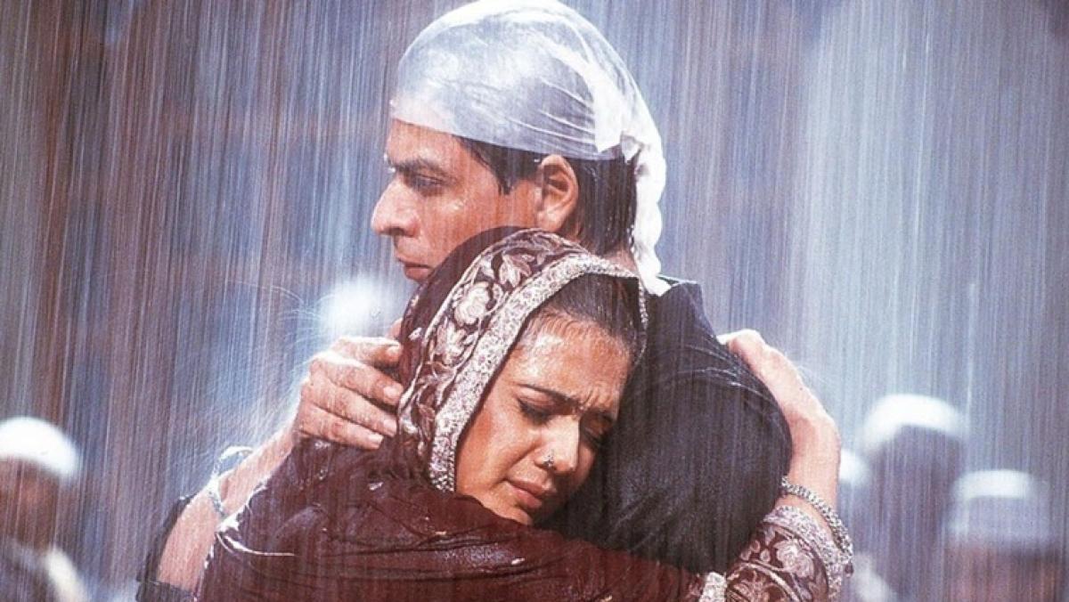 #15YearsOfEternalVeerZaara trends as fans get nostalgic over Shah Rukh Khan, Preity Zinta's romantic saga