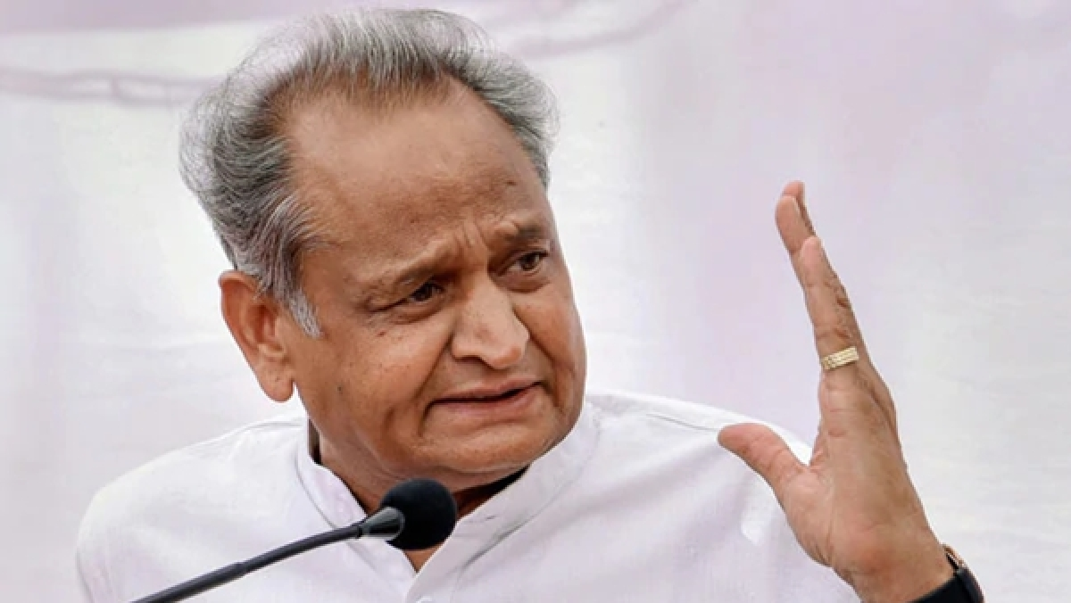 Rajasthan CM Ashok Gehlot calls CLP meeting; Pilot likely to attend