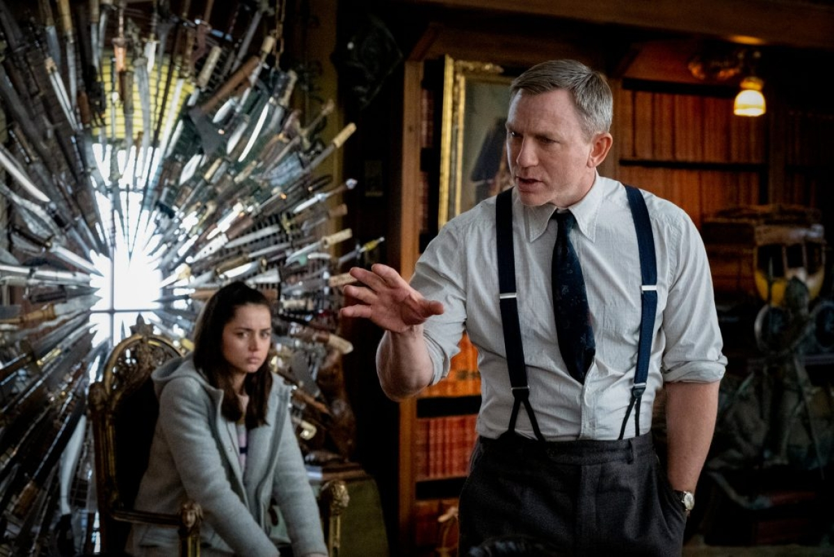 Knives Out is clever whodunnit Hollywood movie