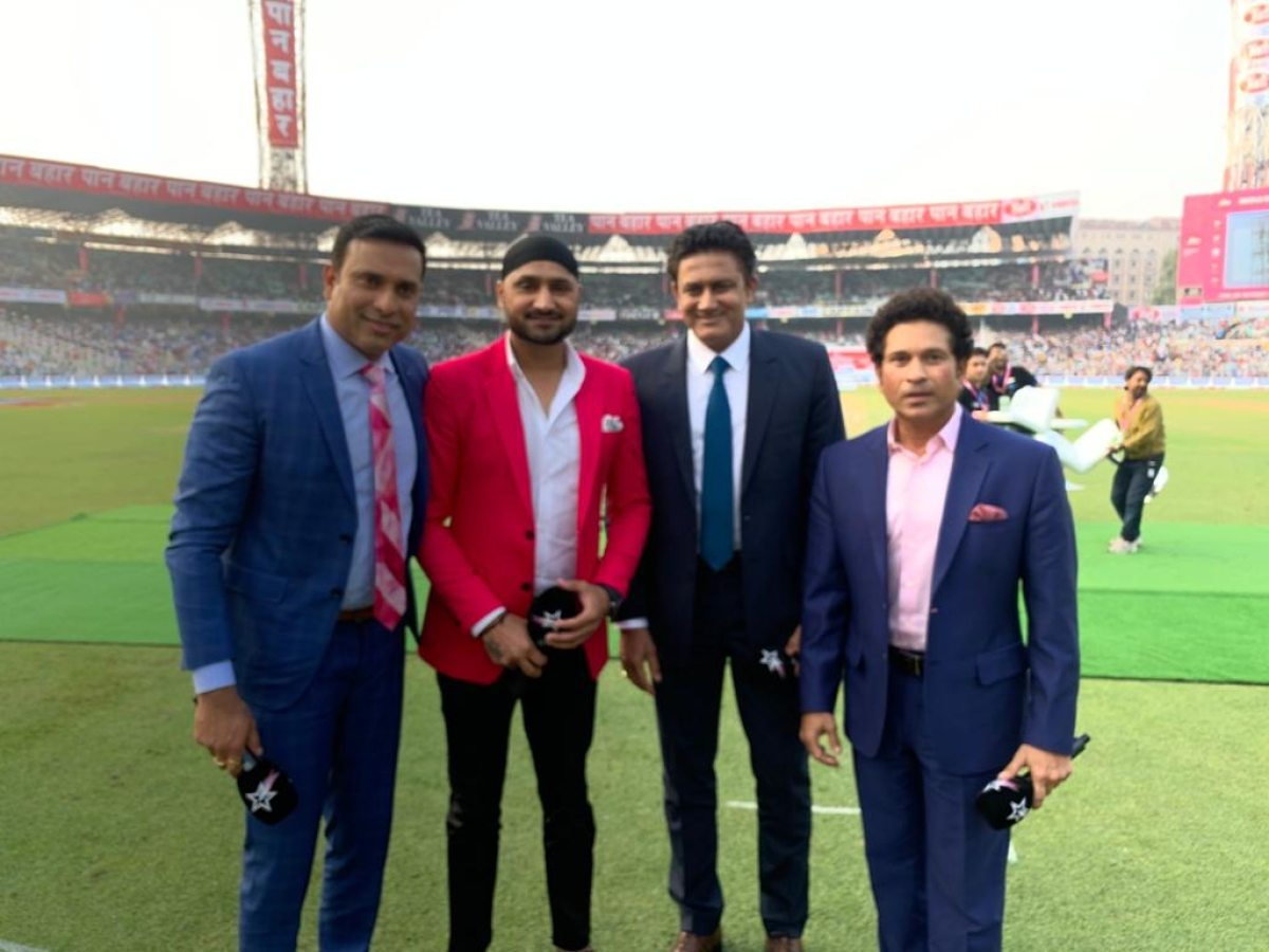 Sachin at Eden Gardens with Harbhajan Singh, Anil Kumble, and VVS Laxman