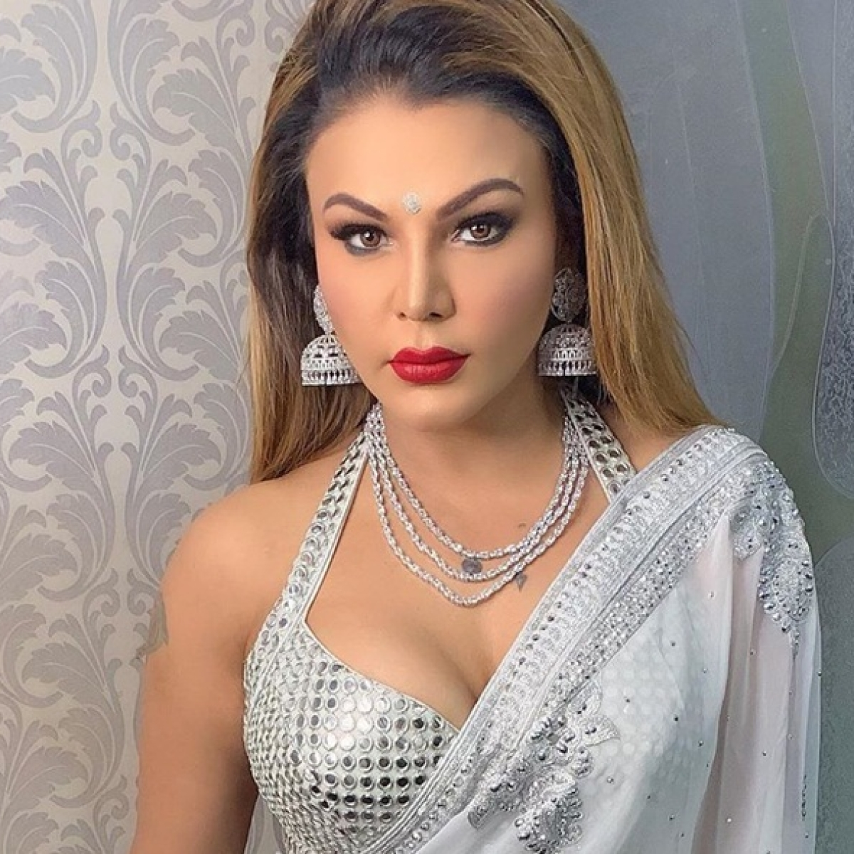When I used to go for auditions, they would close the door: Rakhi Sawant