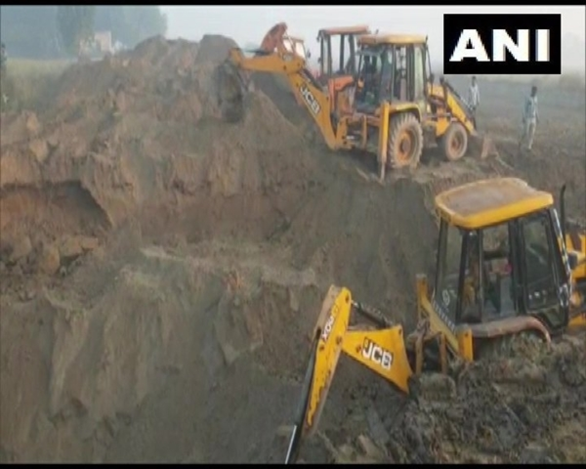 5-year-old girl falls into 50-feet deep borewell in Karnal, rescue operations on