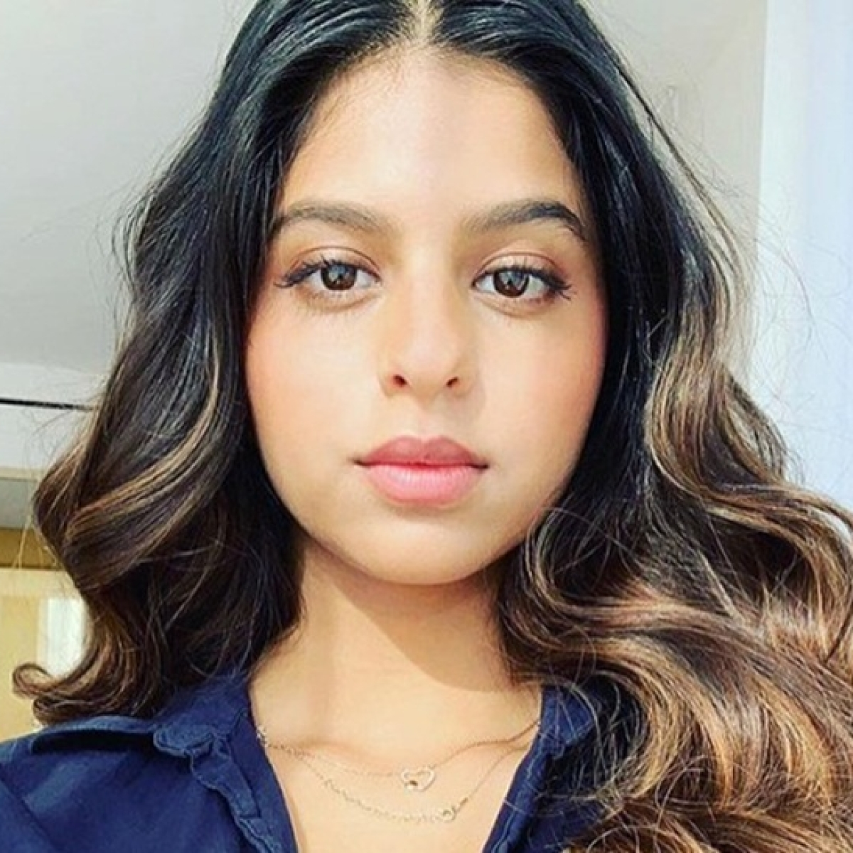 Suhana Khan is a dazzling diva as she flaunts her new hairstyle in latest pics