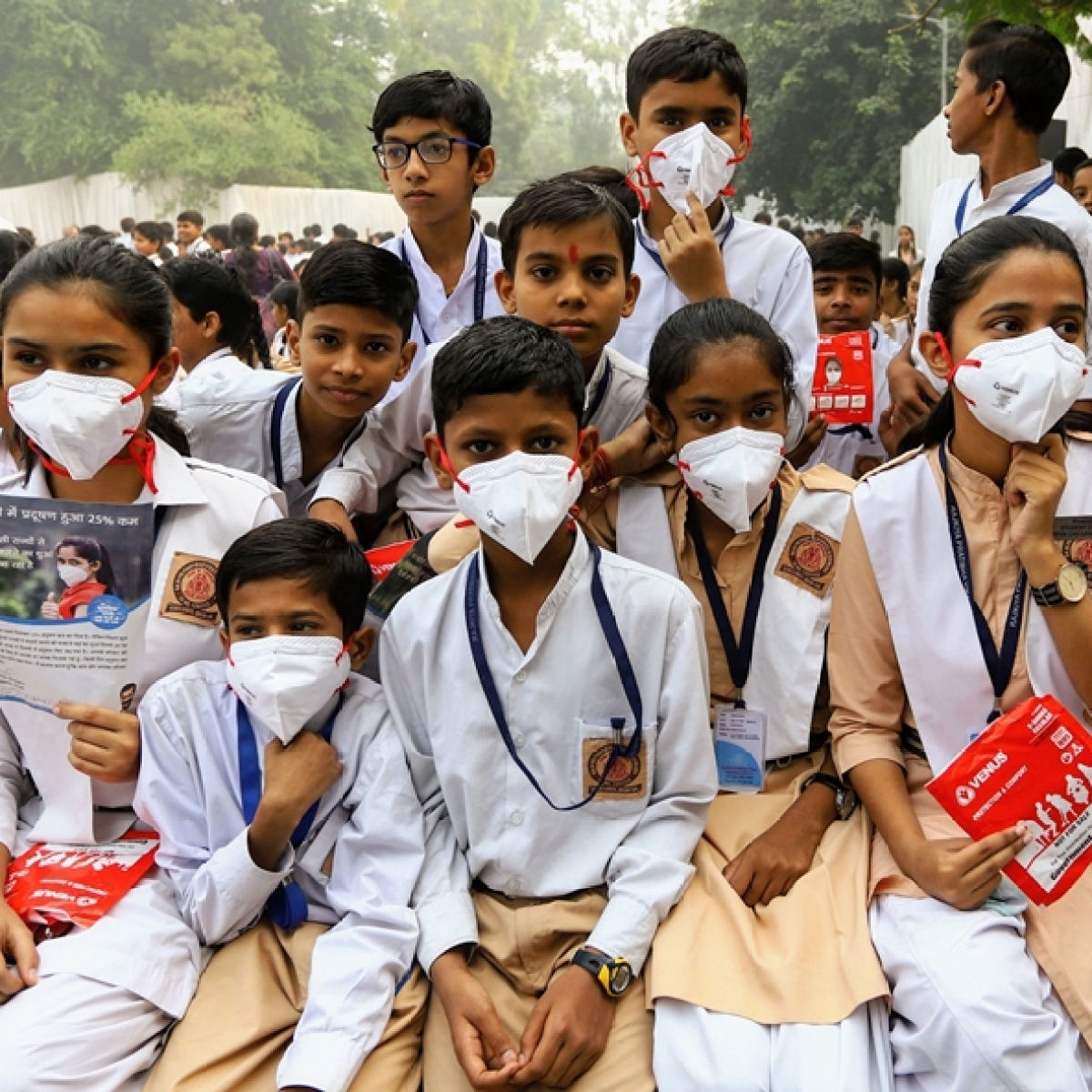 Air pollution: Arvind Kejriwal wants school children to write letters to 'Capt uncle, Khattar uncle'
