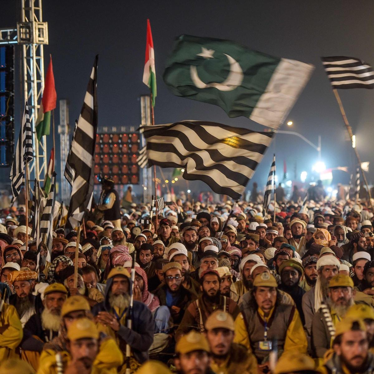 Maulana Fazlur Rehman calls off sit-in protest in Islamabad, announces Plan B