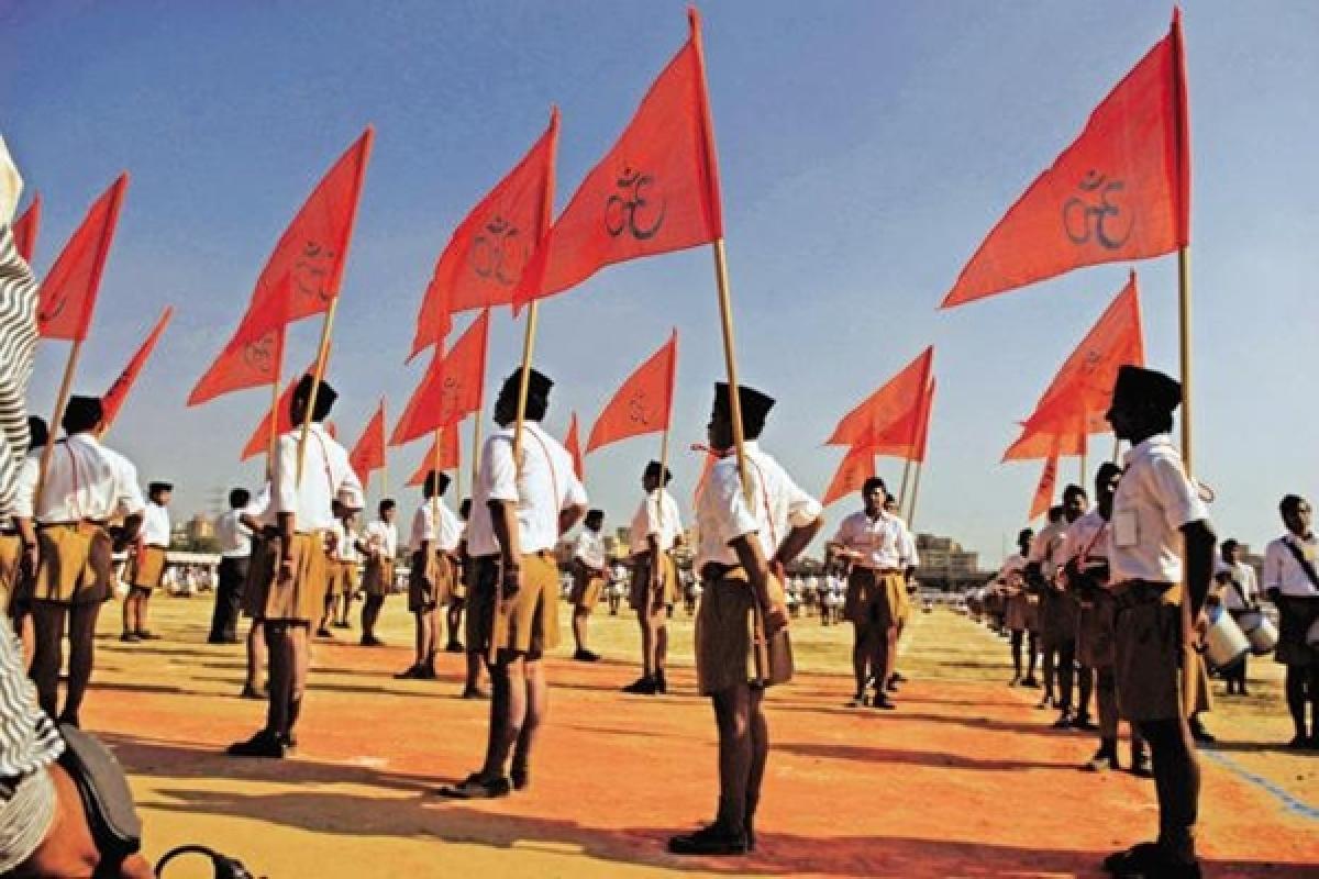 Banaras Hindu University professor quits over RSS flag
