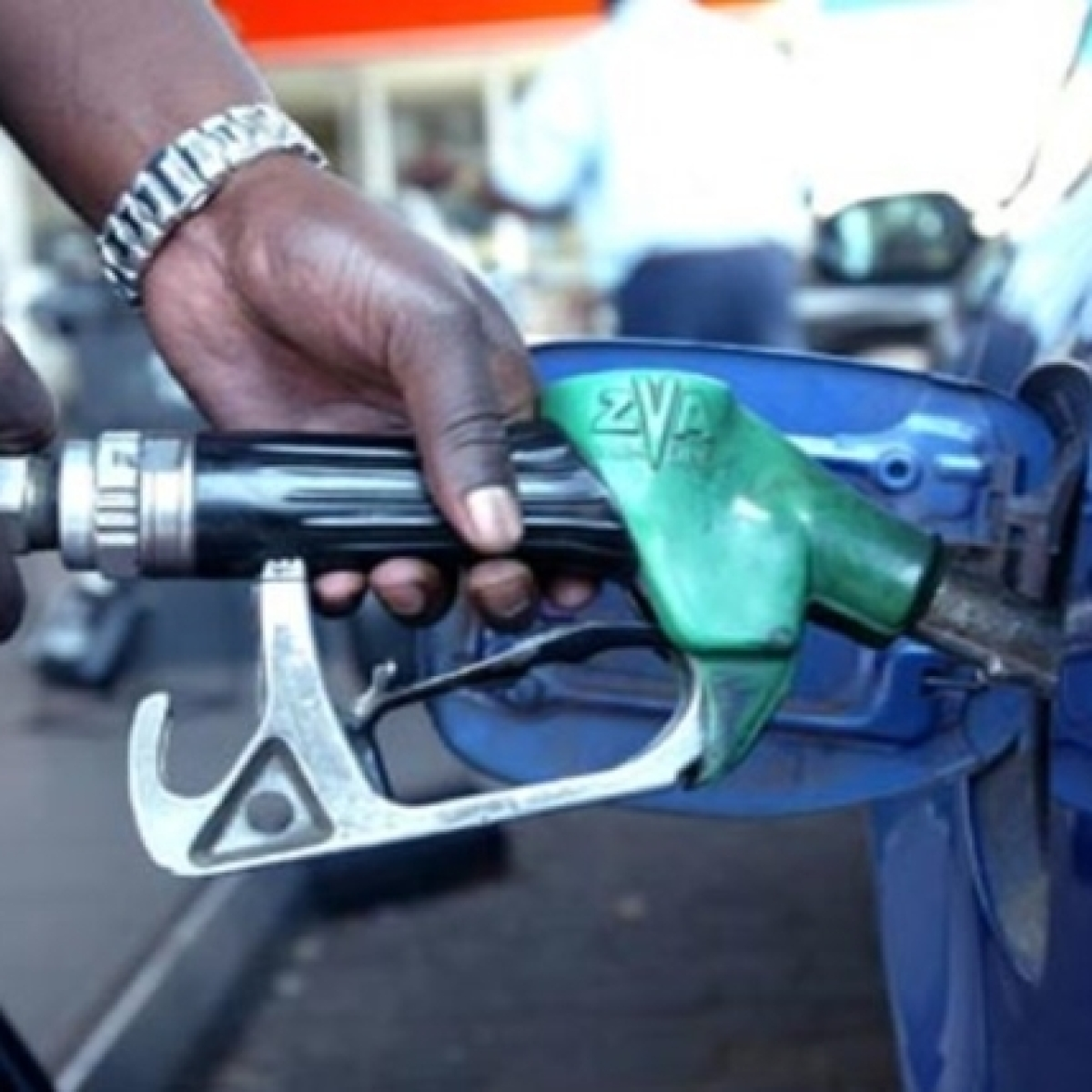 Petrol, diesel prices remain unchanged for seventh consecutive day