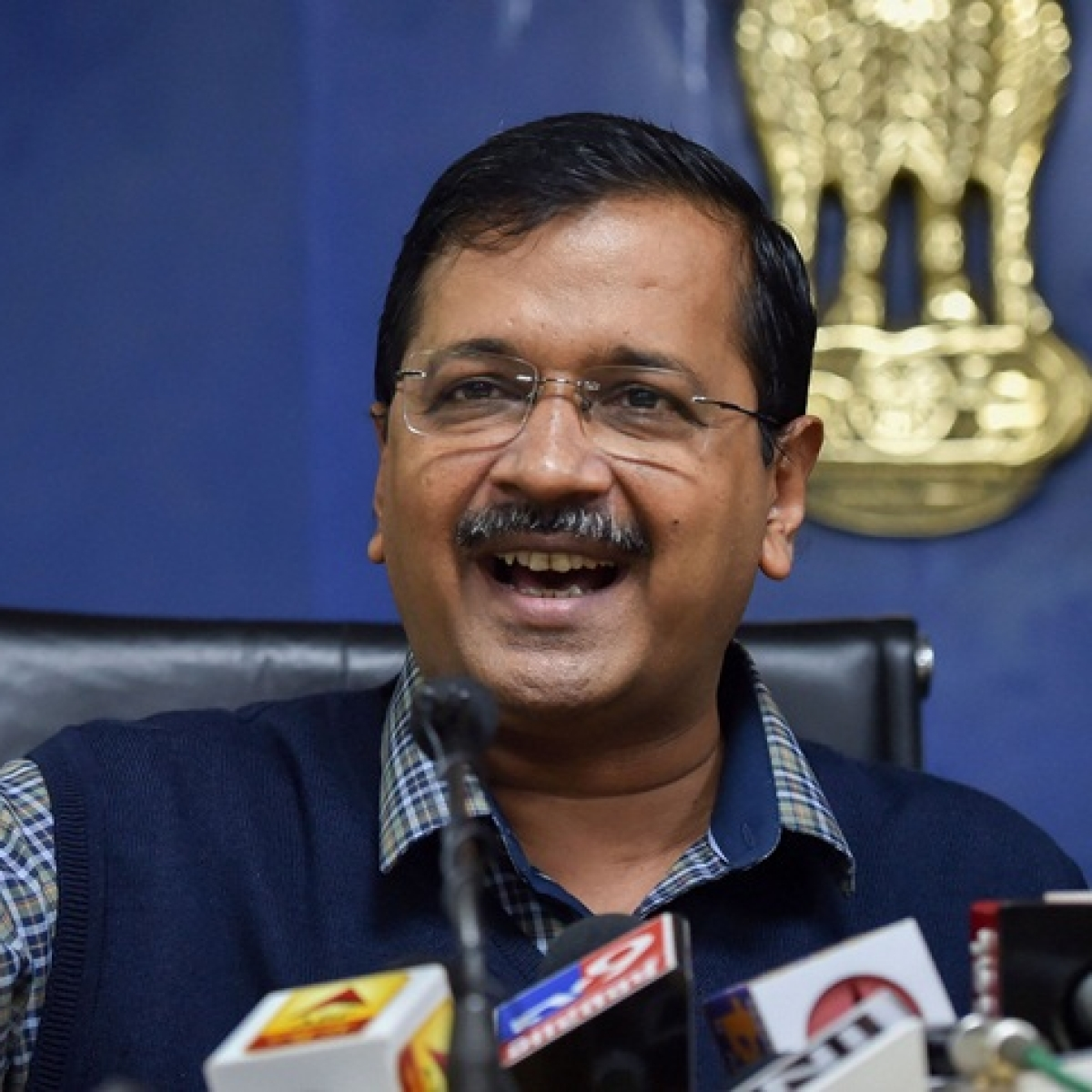 Prefer to provide free rides to women, instead of buying Rs 191 crore-plane: Arvind Kejriwal takes jibe at Gujarat CM