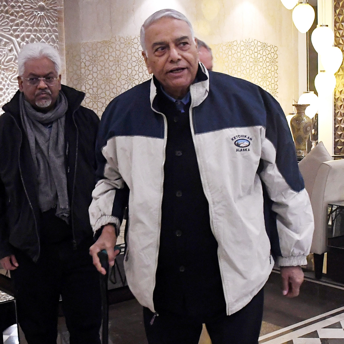 Yashwant Sinha-led group barred from moving out of Srinagar