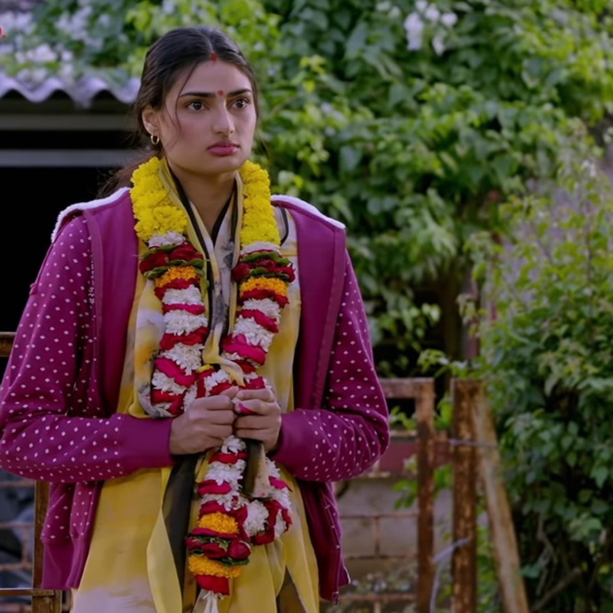 Motichoor Chaknachoor: Senseless Romantic comedy