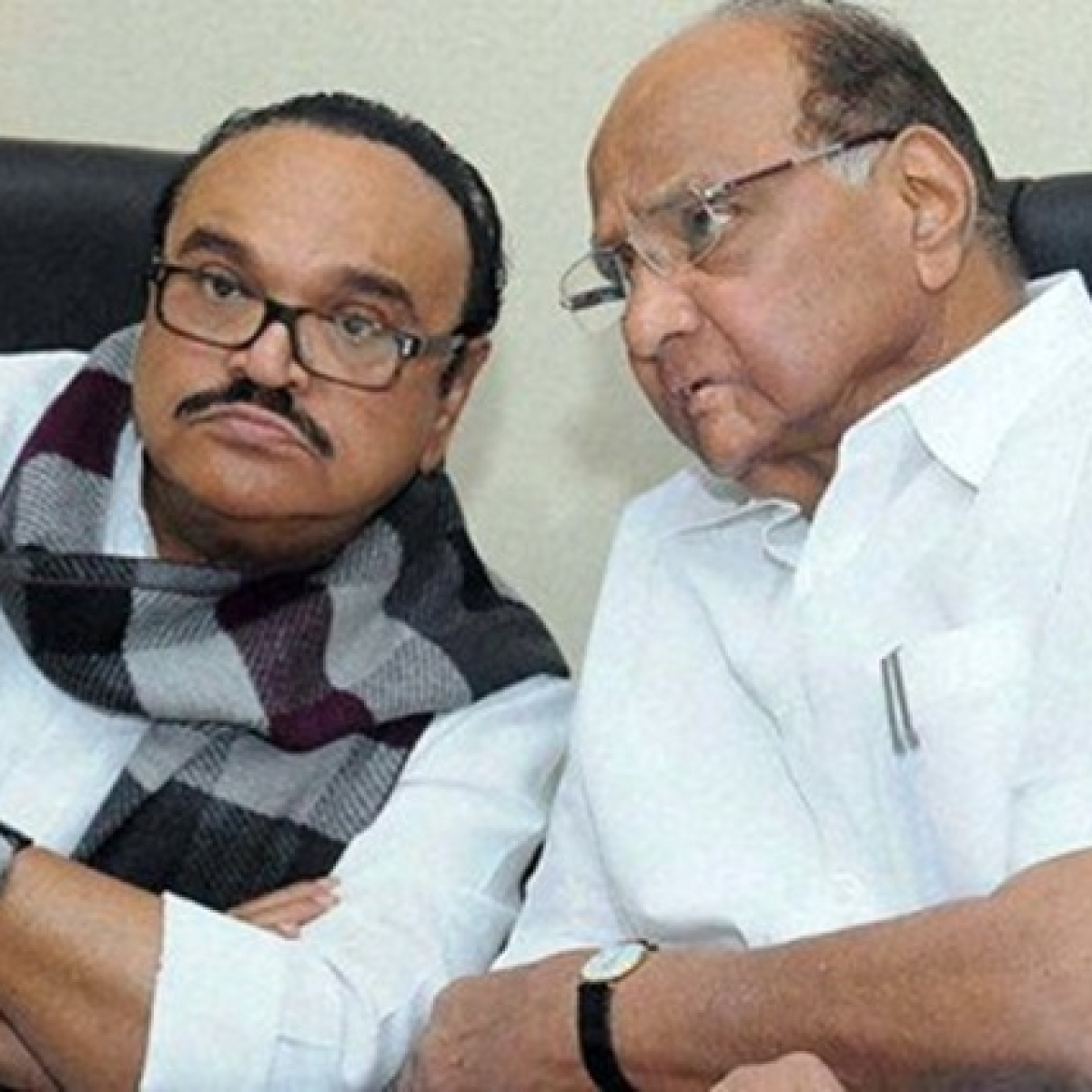 When Sharad Pawar split Sena by tapping Bhujbal in 1990