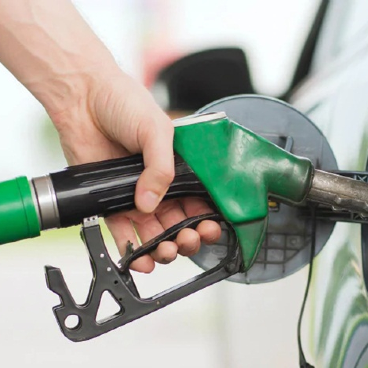 Petrol, diesel prices drop further as crude rates plunge amid coronavirus outbreak