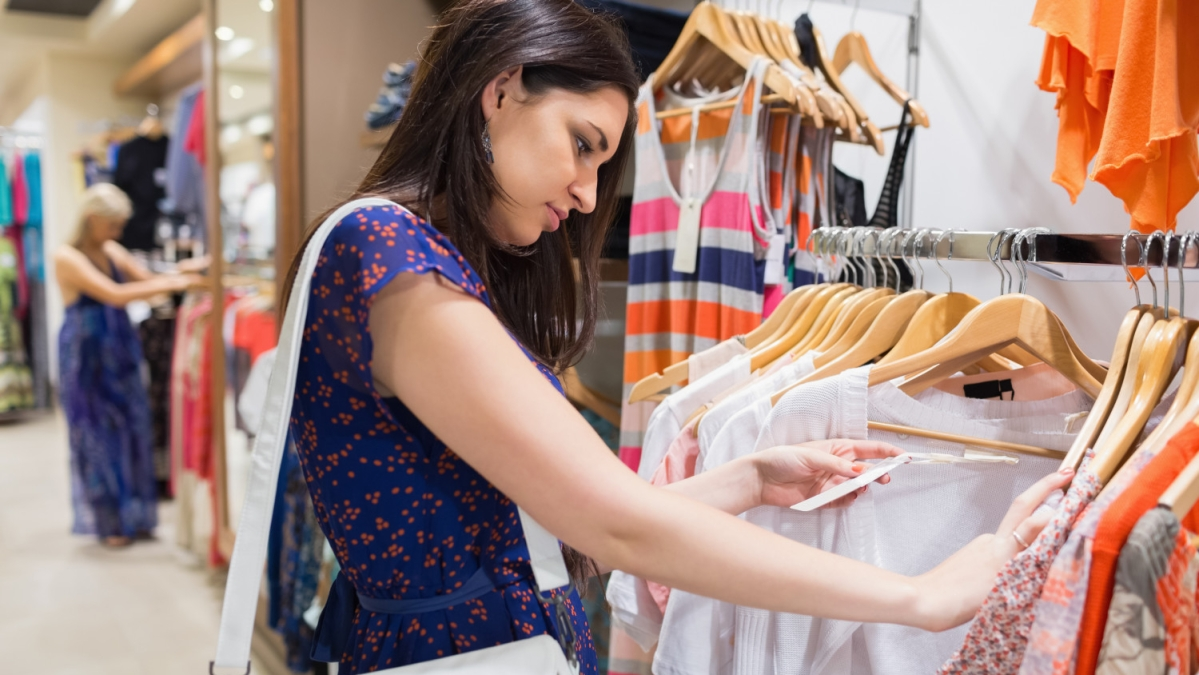 Indians rely on online info in stores: Study