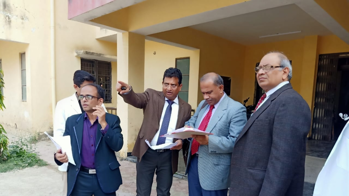 A four-member team of MCI inspecting the College.