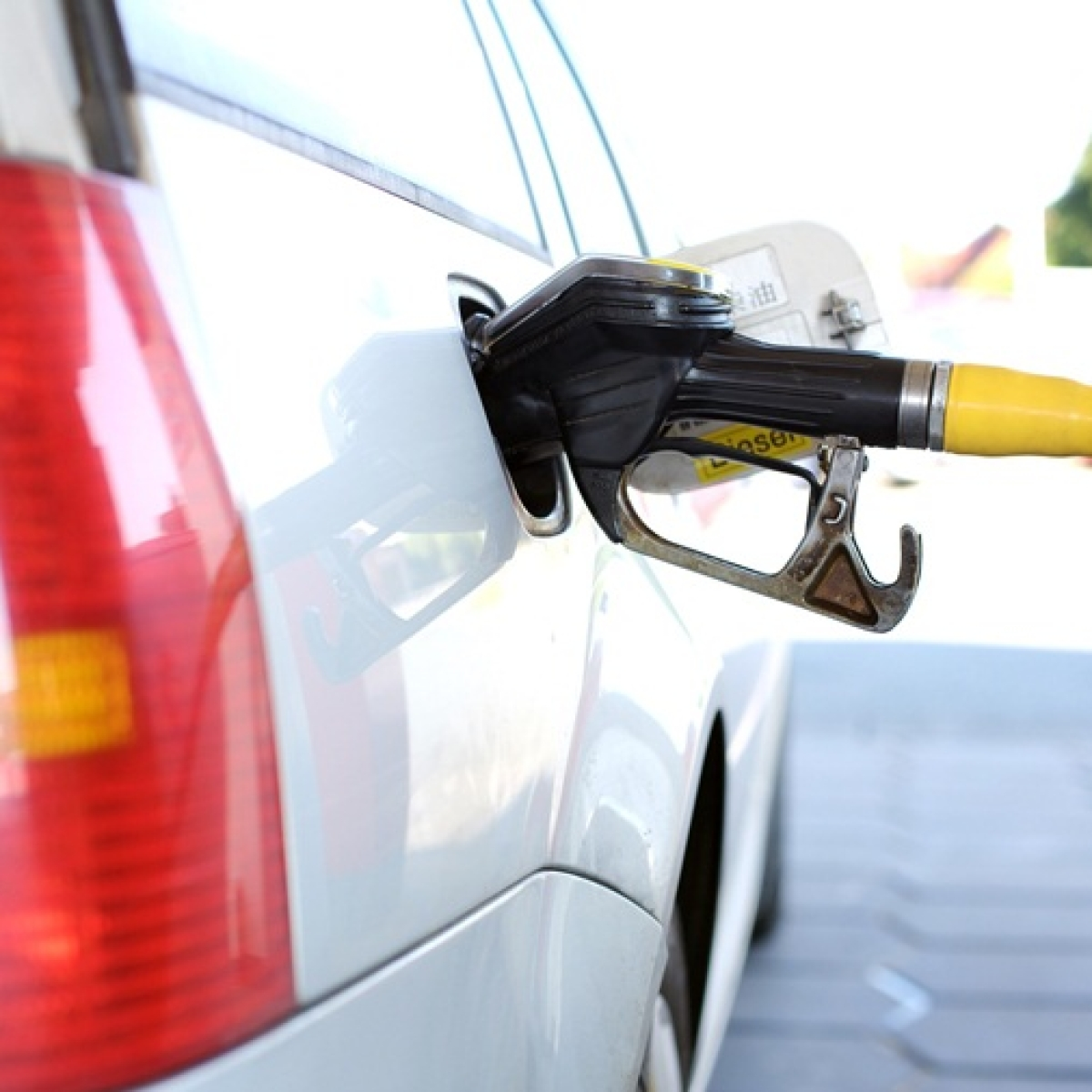 Petrol price hiked by 54 paise per litre, diesel by 58 paise for third consecutive day