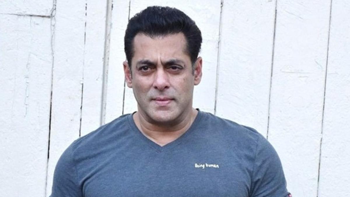 Salman Khan to celebrate his 54th birthday at Pali Hill; Shah Rukh Khan, Katrina Kaif expected to attend the bash