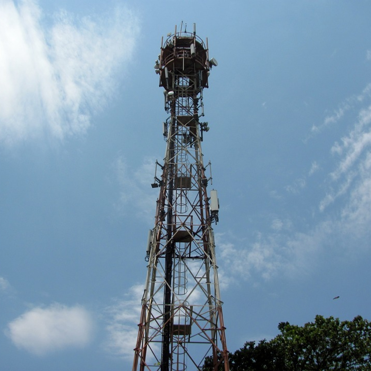 Telecom majors seek open court hearing in SC of their pleas for review of certain directions on AGR