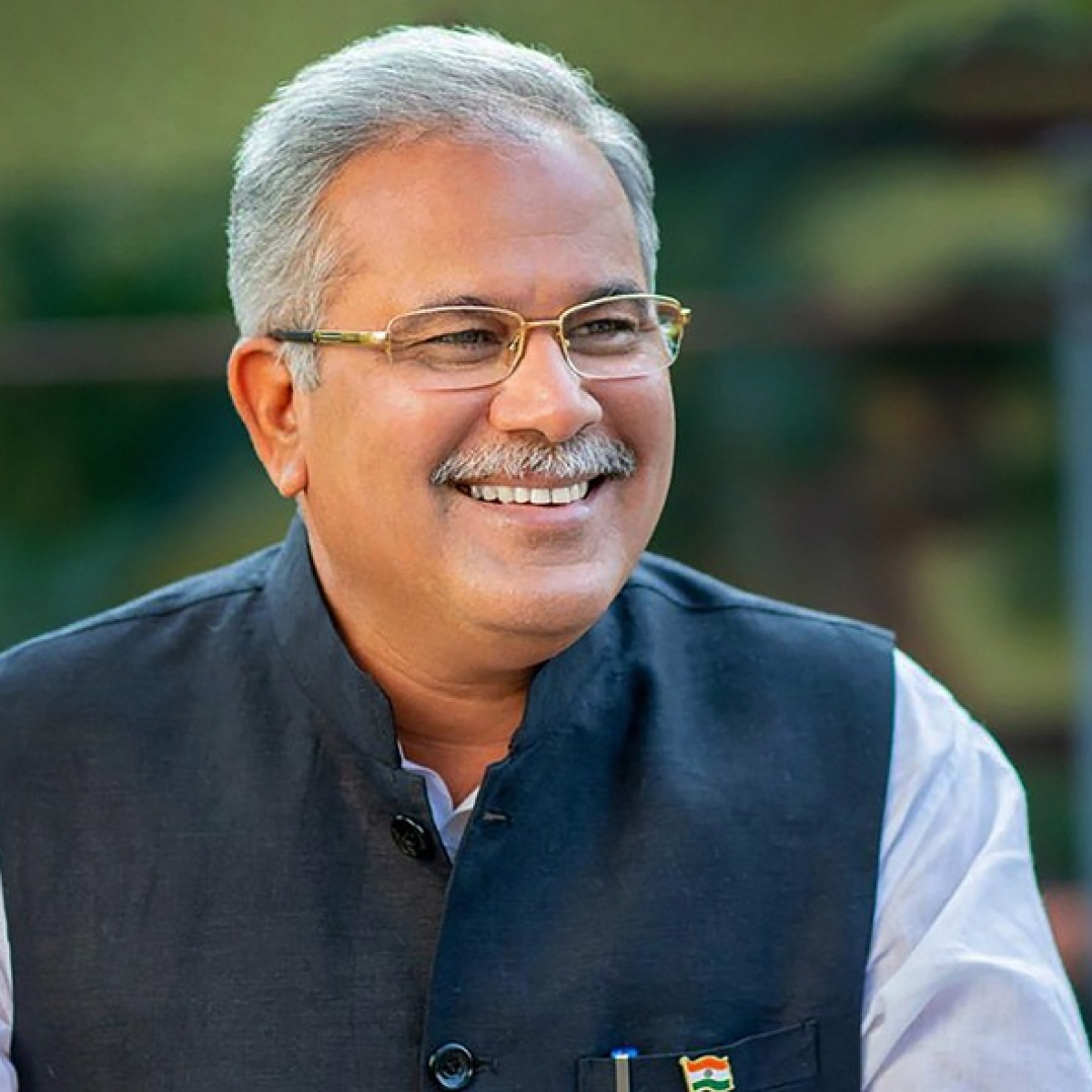 Chhattisgarh: War of words ensues between ruling Congress and BJP over online sale of liquor