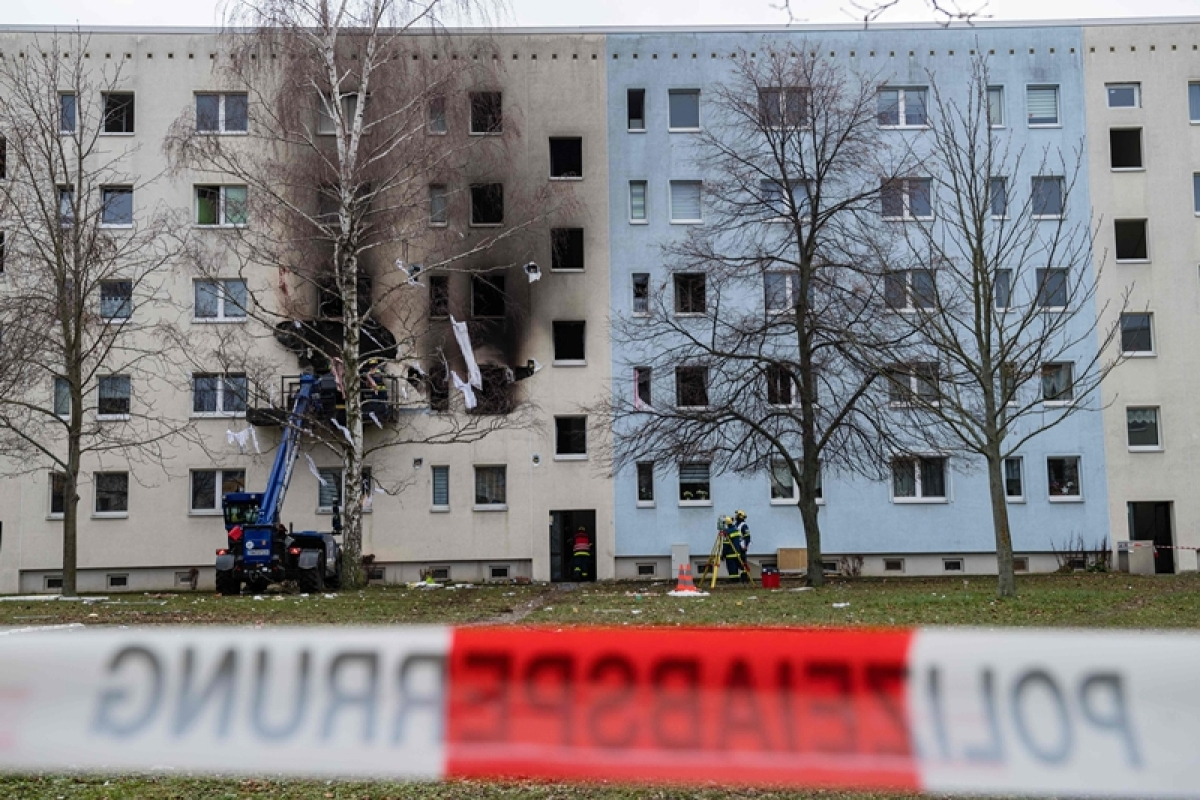 1 killed, 11 injured in Germany explosion