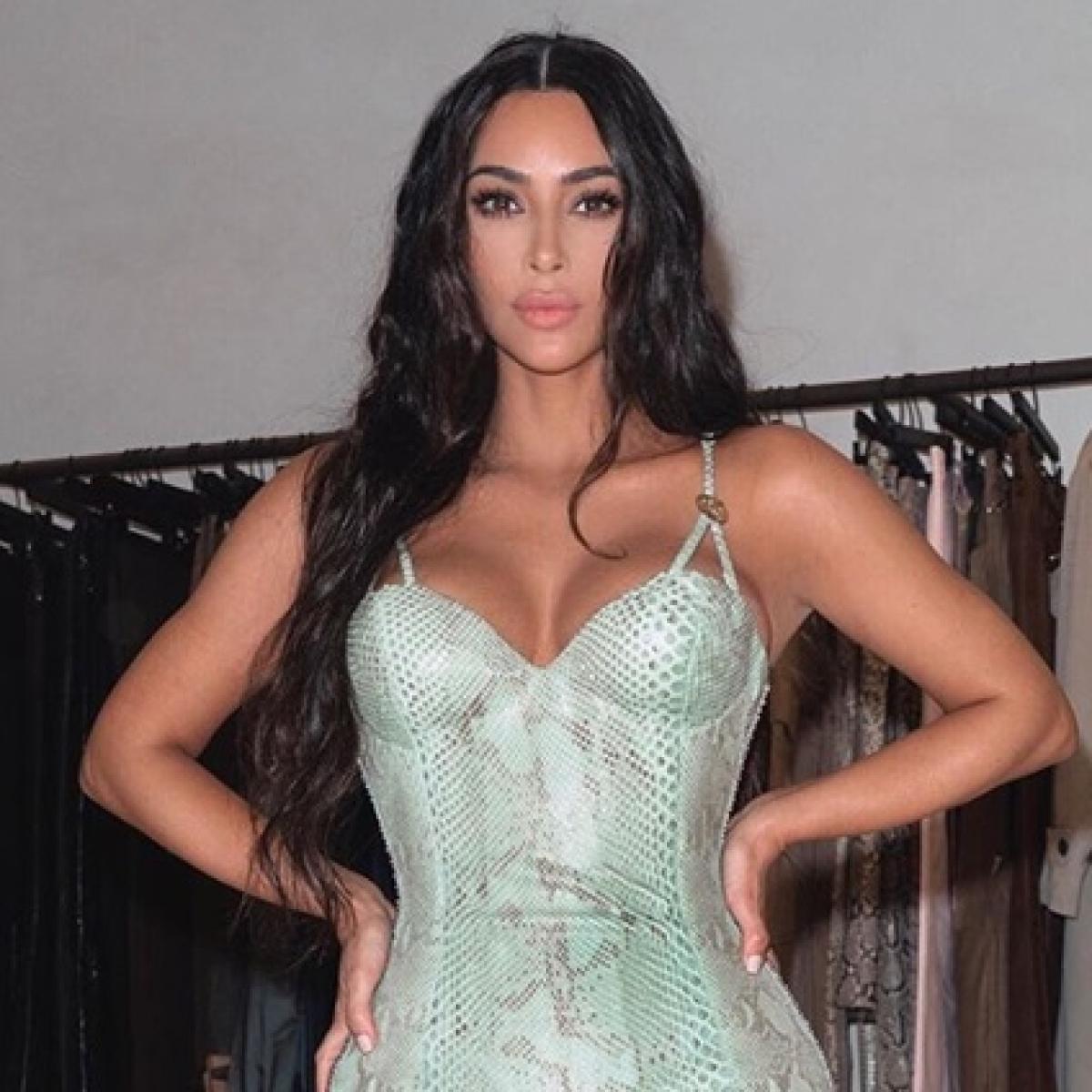 Kim Kardashian tosses away all plastic bottles after sis Kourtney gets bashed for using one