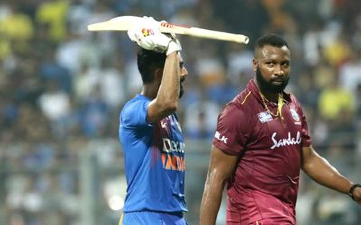 Virat Kohli completes 1000 T20I runs on home soil