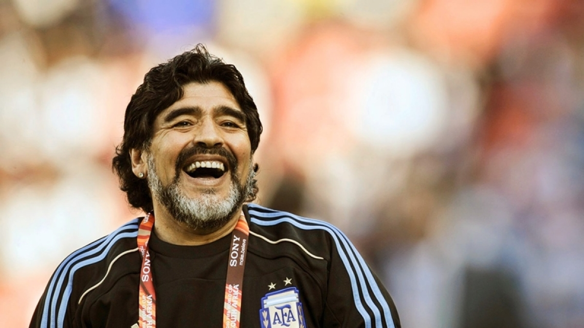 Maradona to undergo surgery for blood clot on brain