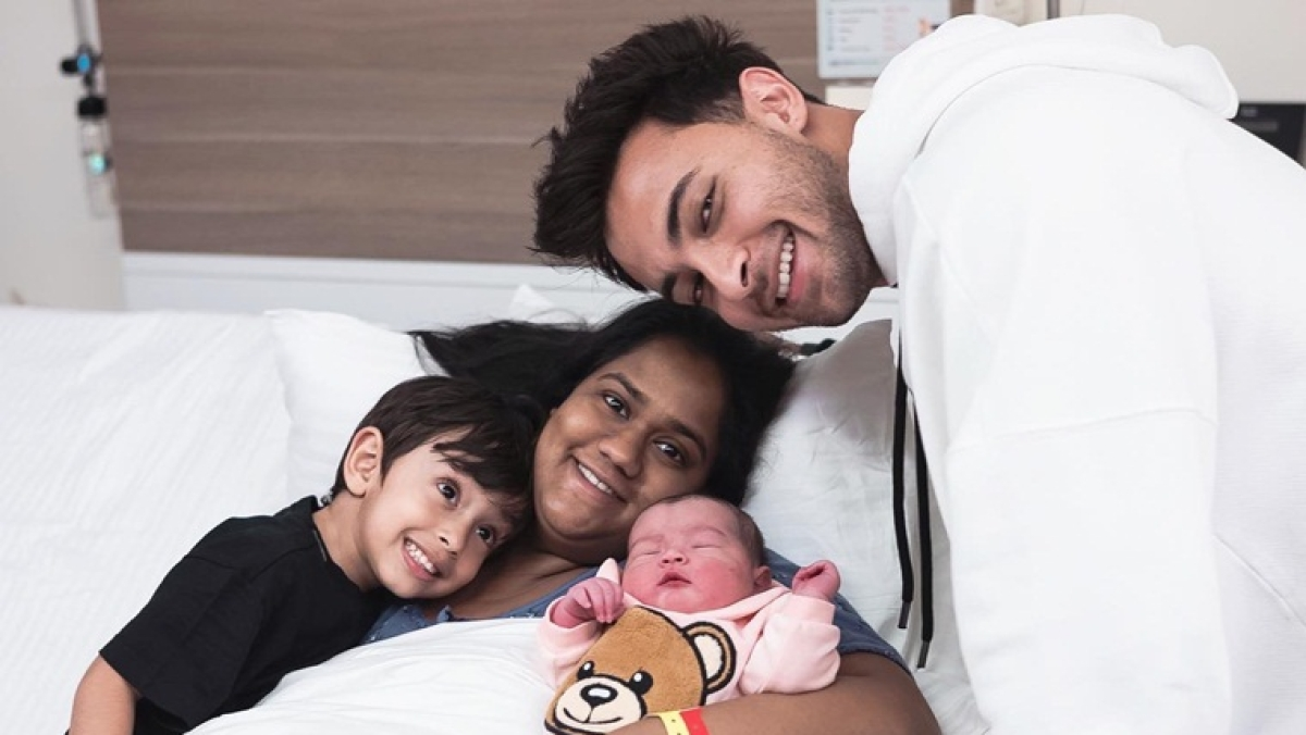 Aayush Sharma shares first picture of daughter Ayat alongside wife Arpita and son Ahil