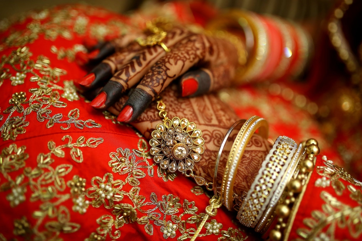 Newly-wed woman flees with cash, ornaments from in-laws' place