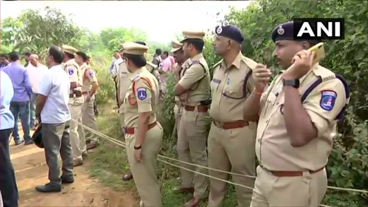 Crossfire between whom? Twitterati question Hyderabad Police's 'encounter story'