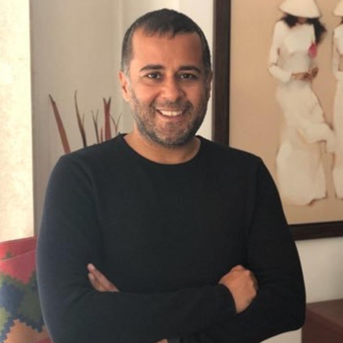 'Look who grew a spine': Twitter on Chetan Bhagat slamming Modi govt over economy, CAB
