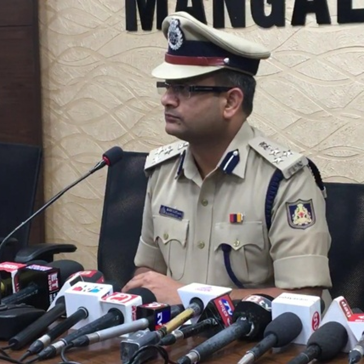 They've been safely dropped at Kasargod police station: Mangaluru CP on detention of Kerala scribes