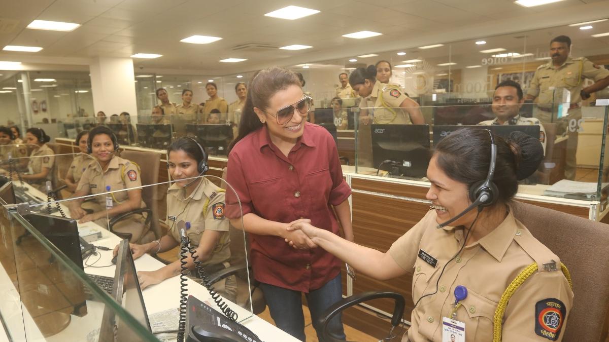 'Mardaani' Rani visits Mumbai's Police Control Room to discuss cyber-crime