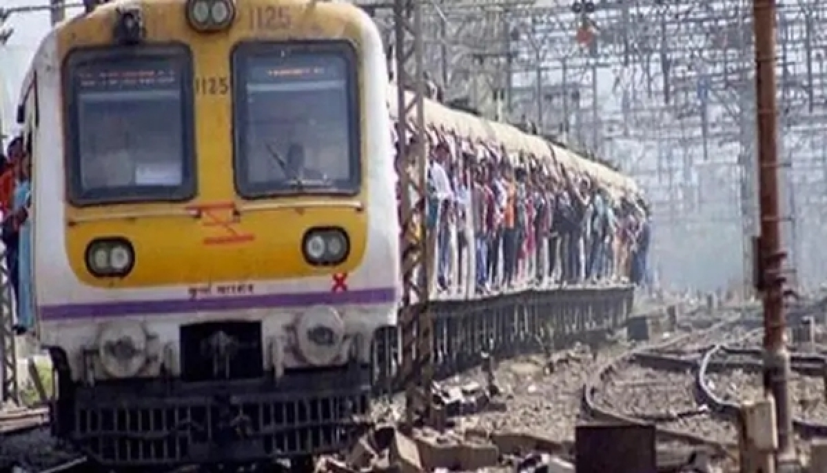 Mumbai: Can't increase trains; CPRO