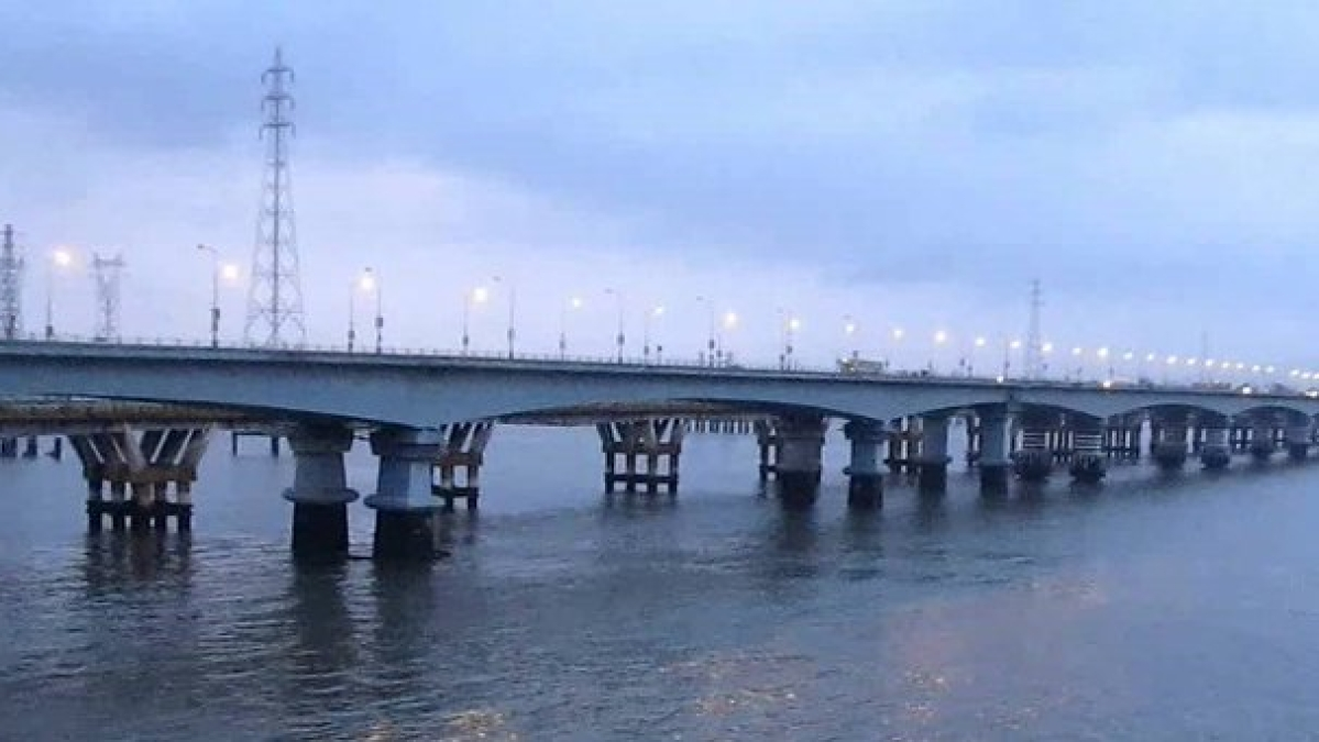 Thane Creek Bridge-III: Utility lines in lieu of revenue to be allowed