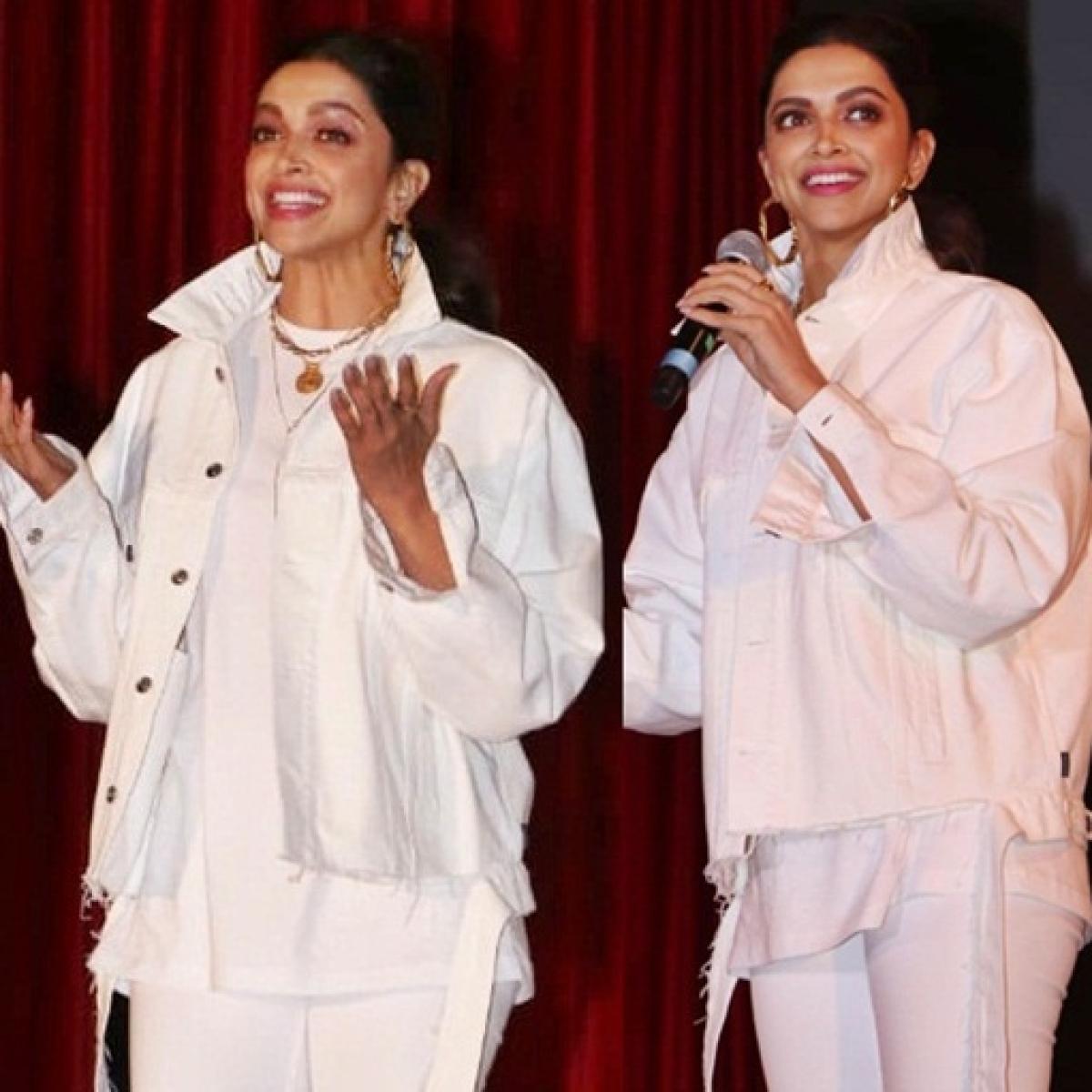 Deepika Padukone stuns in an all-white ensemble at IIT Bombay's festival Mood Indigo