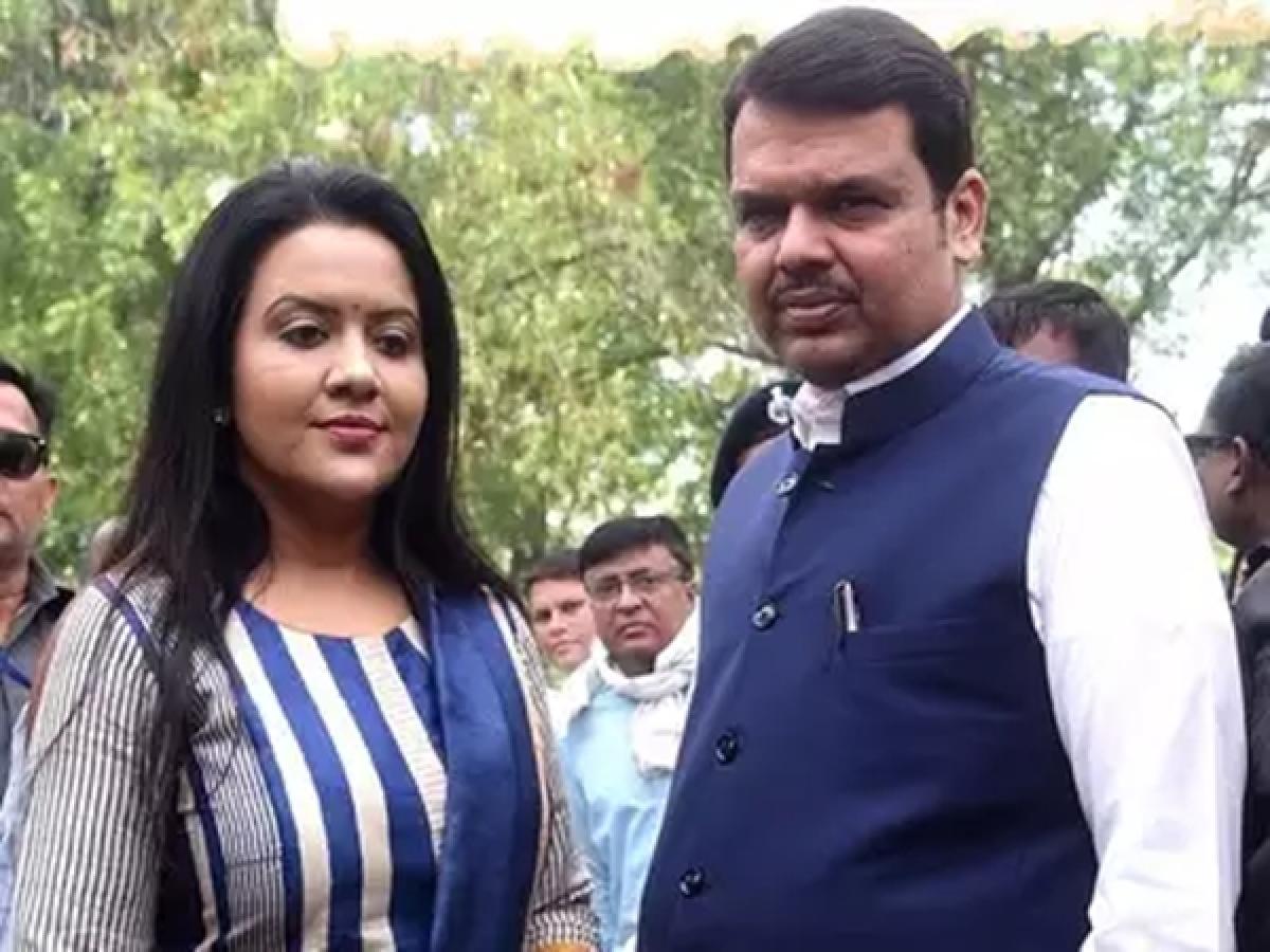 Amruta Fadnavis calls Shiv Sena green hypocrite