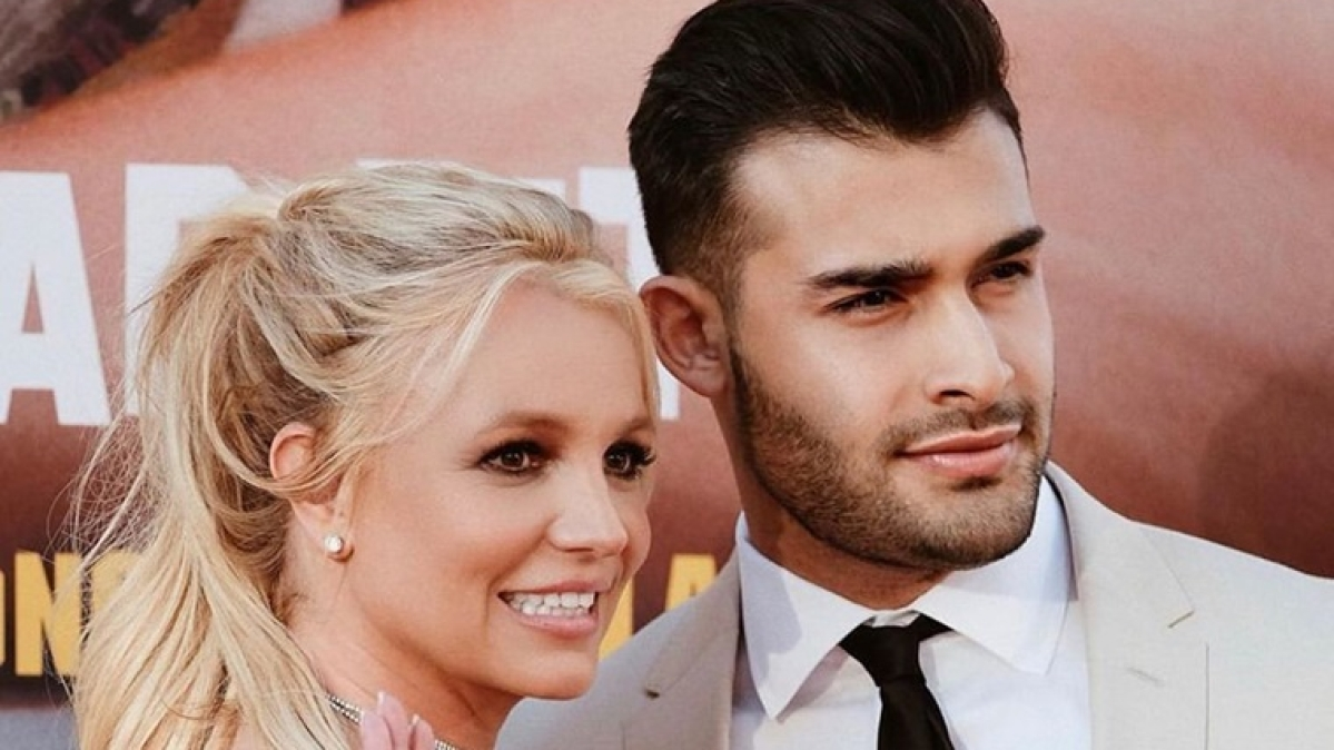 Britney Spears celebrates her 38th birthday in Miami with boyfriend Sam Asghari