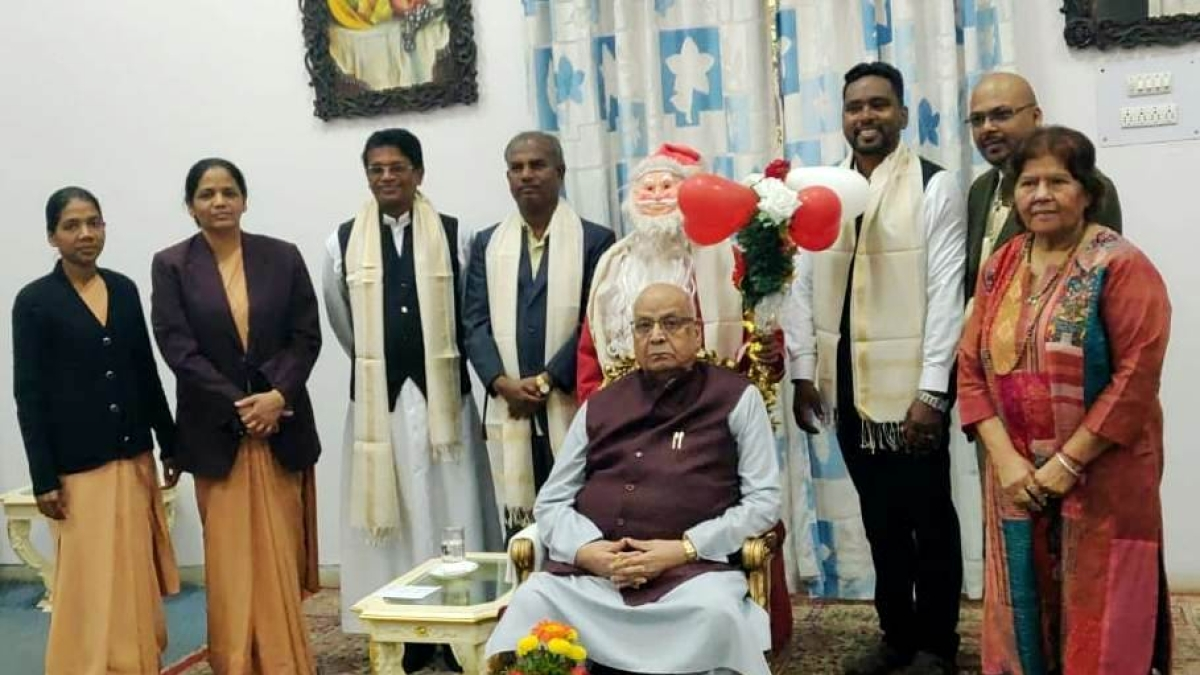 Bhopal: Archdiocese of Bhopal conveys Christmas greetings to Governor Lalji Tandon