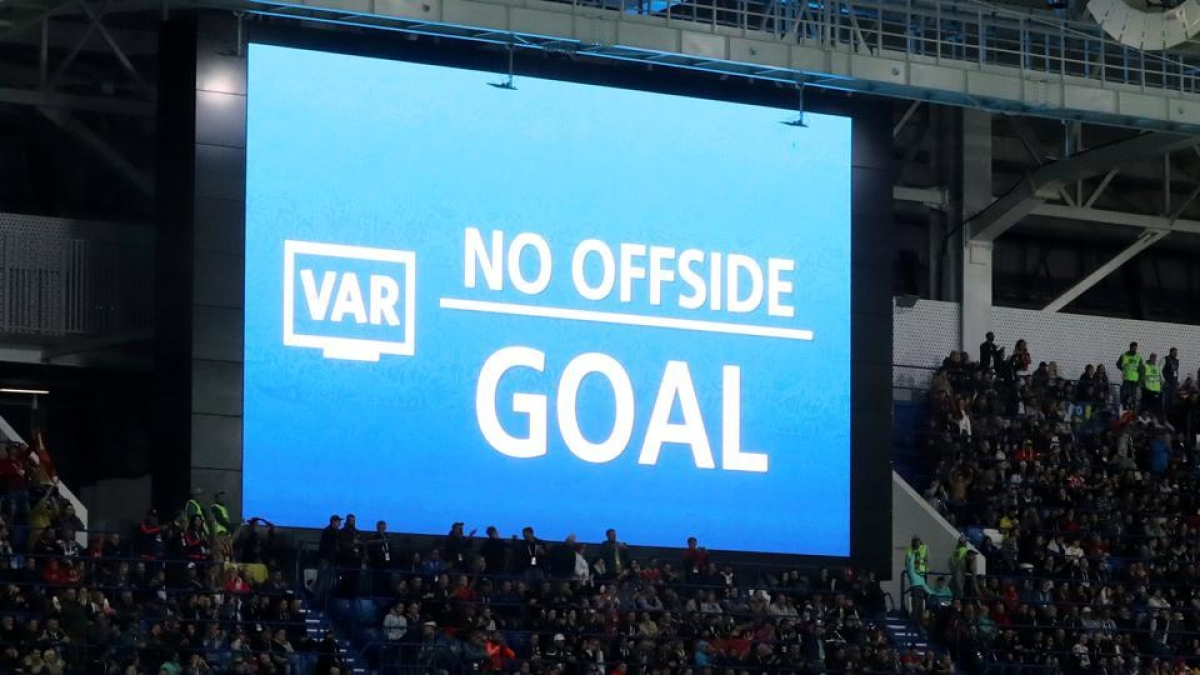 Pep Guardiola lashes out at VAR after a win against Sheffield United