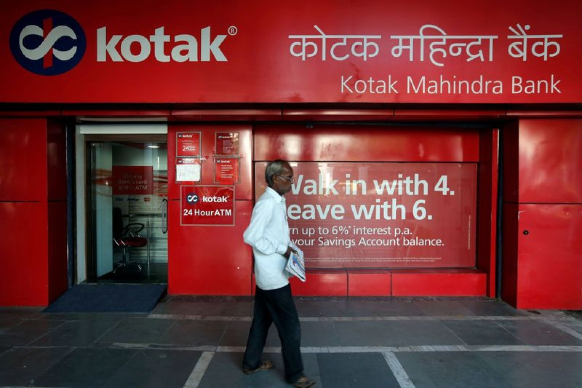 Kotak Mahindra Bank staff with over Rs 25 lakh annual salary should brace for a 10% pay cut
