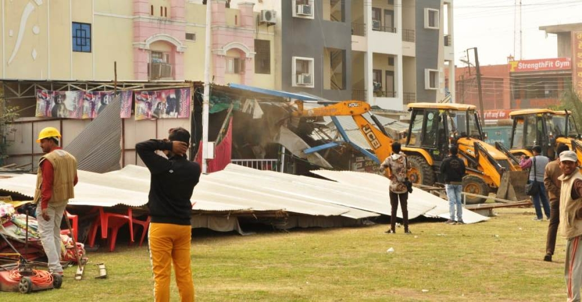 Anti mafia drive in Indore: Illegal constructions of Chaudhary brothers demolished