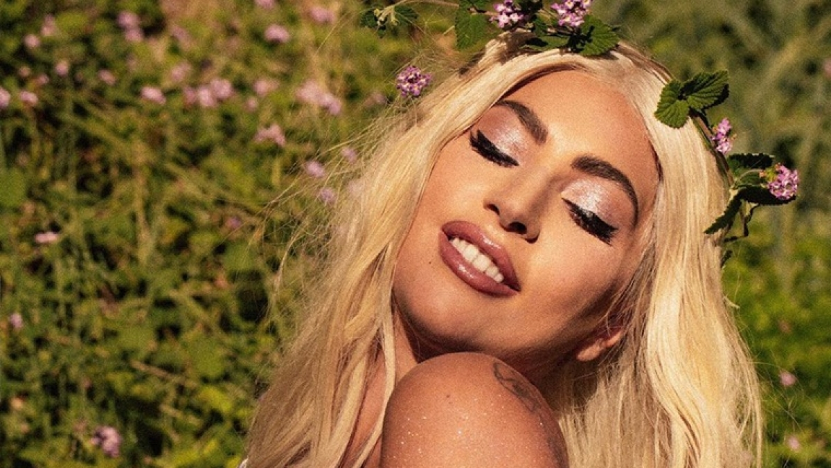 Gross! Lady GaGa doesn't remember when was the last time she bathed