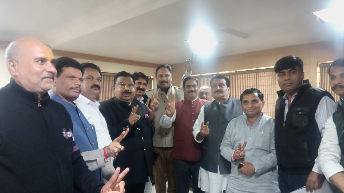 Moti Singh Patel elected unopposed as Indore Sahkari Dugdh Sangh president