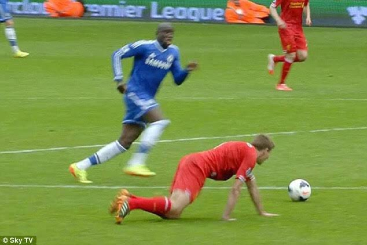 Life without football: Chelsea use coronavirus break to remind Liverpool of Gerrard's slip