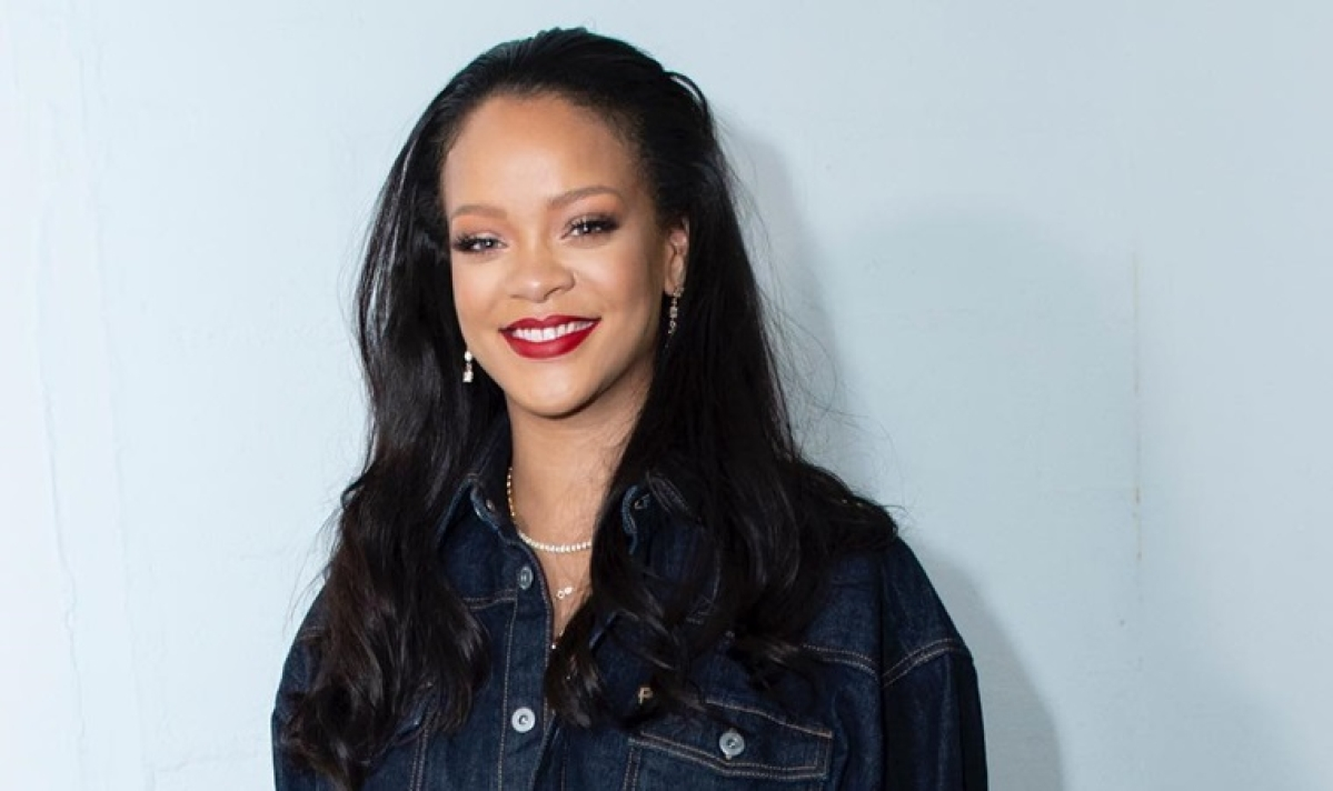 Amazon buys Rihanna's documentary  for whopping Rs 176 crore