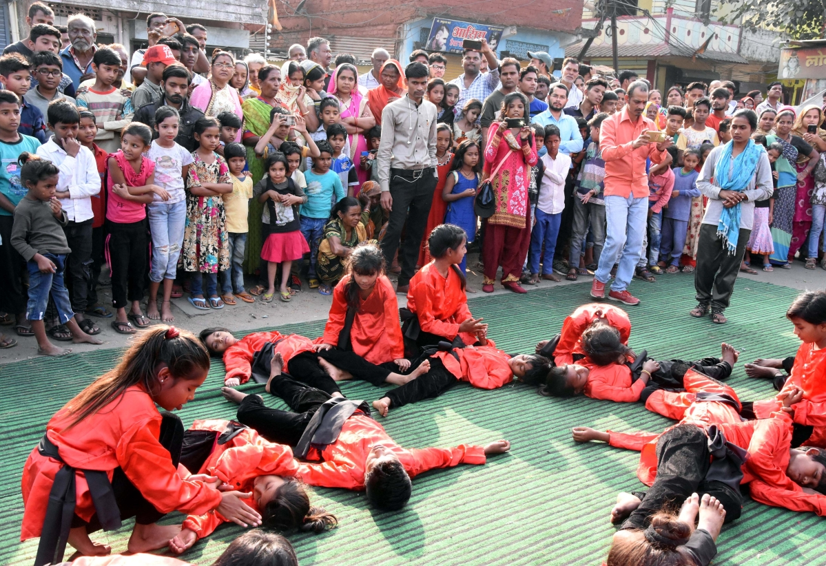 Protest, street play, prayer meet mark the 35th anniversary of Bhopal Gas Tragedy